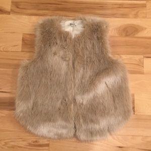 🔥Madewell Faux Fur Vest sz M🔥